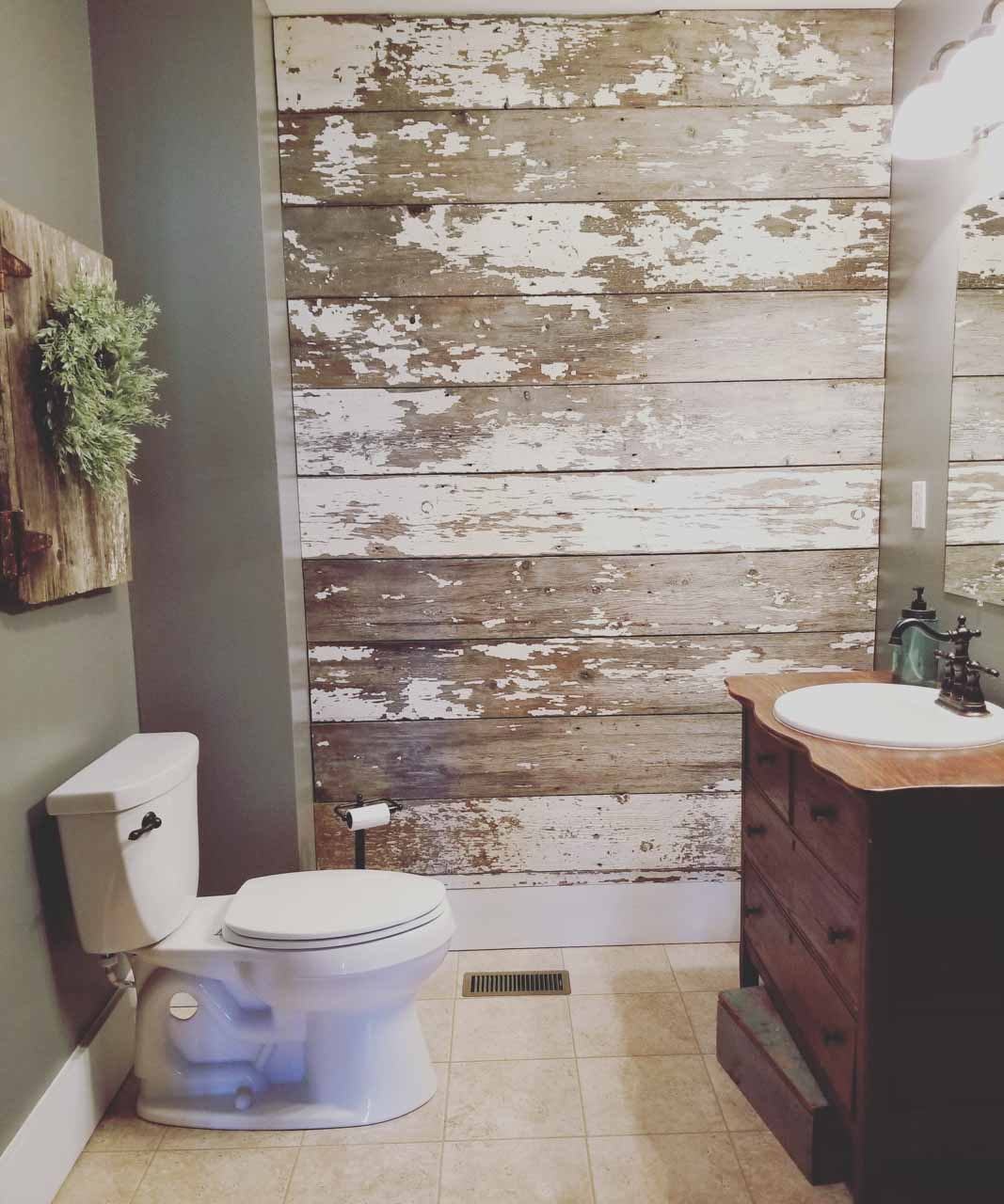 The Junk Parlor reveals her ugly bathroom before…